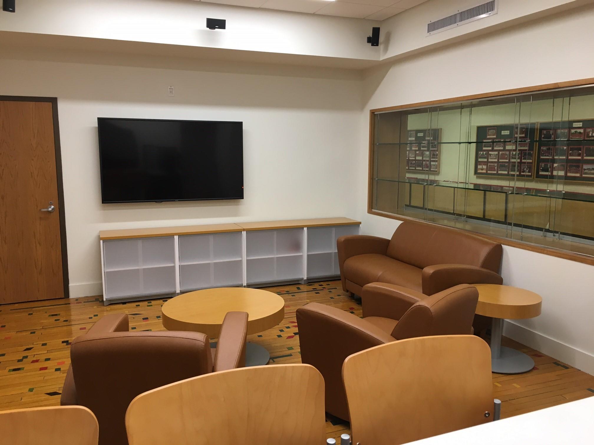 Recruiting Lounge 1
